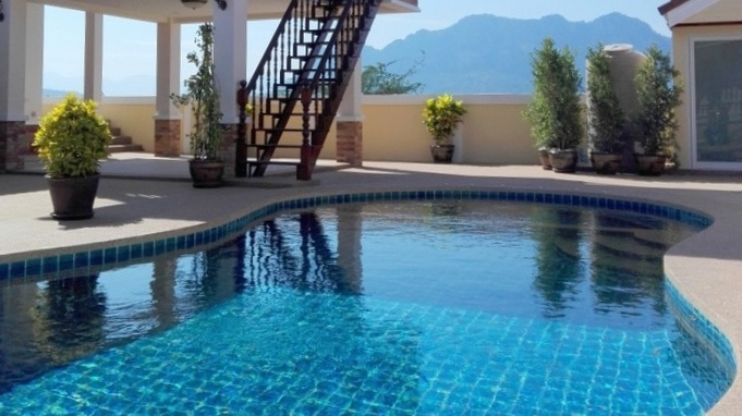 New Mountain View Home with Private Pool 3 Km from Central Cha-am & Beach